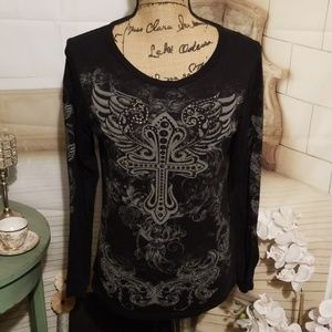 Vocal winged crossed Top